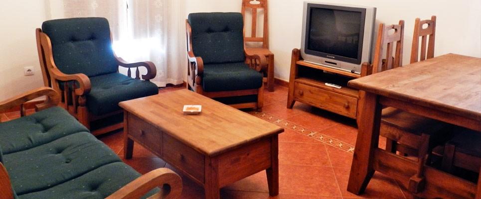 http://apartamentoslaalberca.com/wp-content/uploads/2014/07/apartamentos-turisticos-anita-la-alberca-965x400.jpg